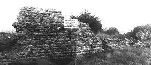 Portion de l'enceinte d'Alet lors des fouilles
