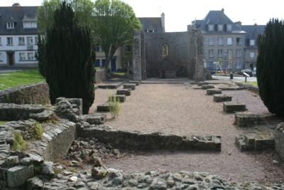 Vestiges de la cathédrale du X°siècle