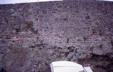 Vestiges des murs du fort gallo-romain visible sur le rocher de Solidor